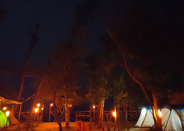 Mousuni Island Tent Booking - Alafiia