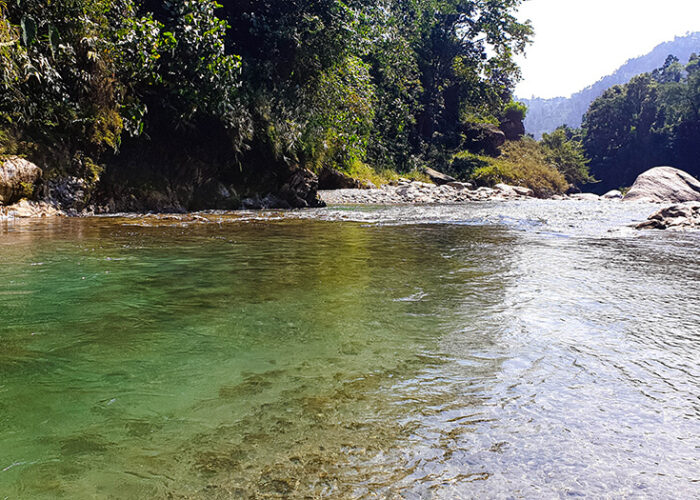 Gheesh River - Gidang Mountain River Camping